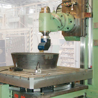 Milling of aircraft engine ring